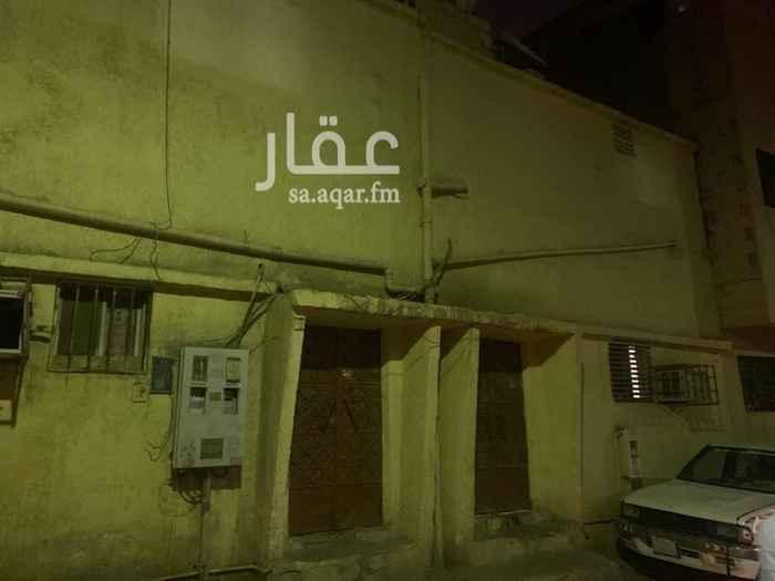 بيت للبيع في شارع سفيان بن وهب ، حي منفوحة الجديدة ، الرياض ، الرياض