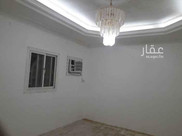 دور للإيجار في شارع ابن قزمان ، حي الخليج ، الرياض