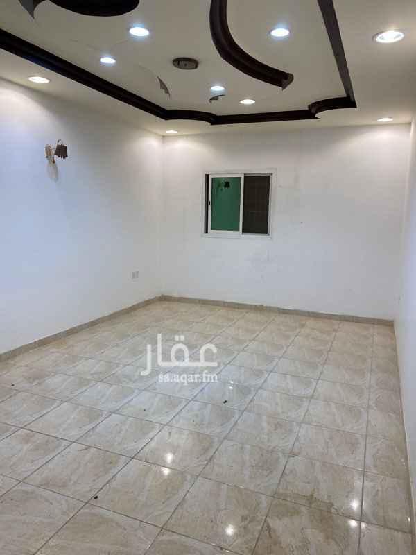 شقة للإيجار في شارع نويعمه ، حي ظهرة لبن ، الرياض ، الرياض