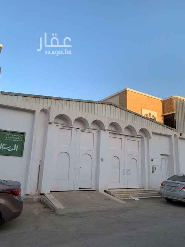 فيلا للبيع في شارع وادي العمارية ، حي أم الحمام الغربي ، الرياض ، الرياض