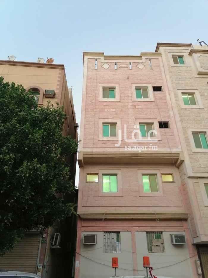 عمارة للإيجار في شارع ضبا ، حي الثقبة ، الخبر ، الخبر