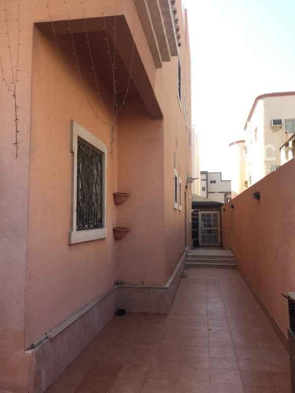 فيلا للإيجار في شارع عبدالله بن فرحون ، حي المحمدية ، جدة
