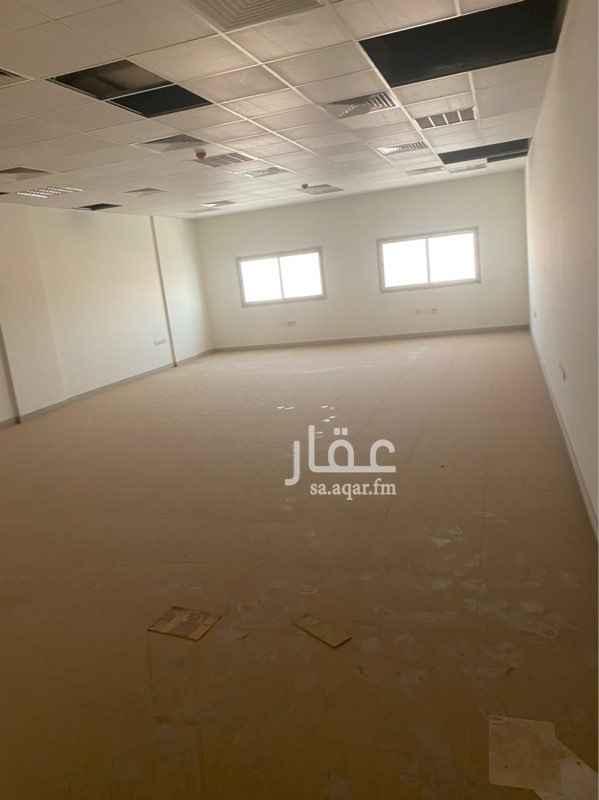مكتب تجاري للإيجار في طريق الامام سعود بن فيصل ، حي حطين ، الرياض ، الرياض