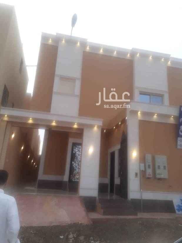 فيلا للبيع في طريق نجم الدين الأيوبي الفرعي ، حي العوالي ، الرياض