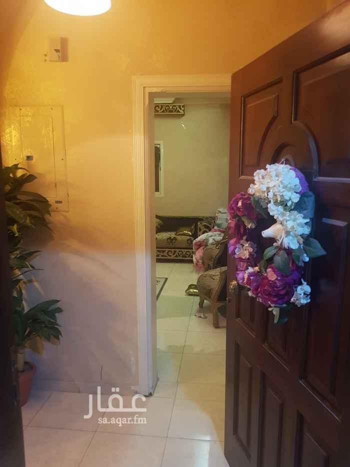 شقة للبيع في شارع احمد بن يزيد ، حي المروة ، جدة ، جدة