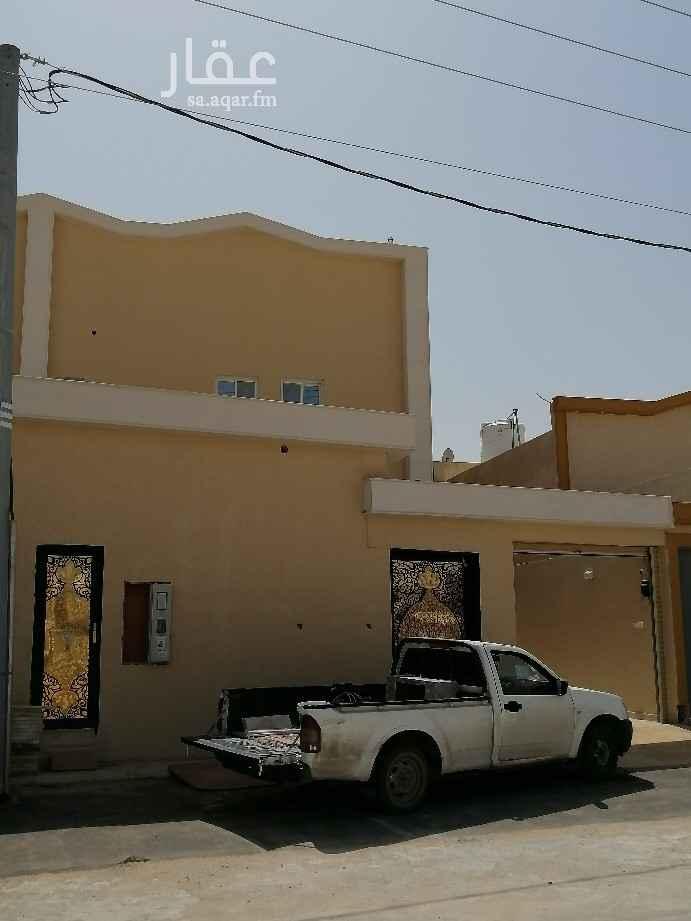 فيلا للبيع في شارع الضياء ، حي الجنادرية ، الرياض