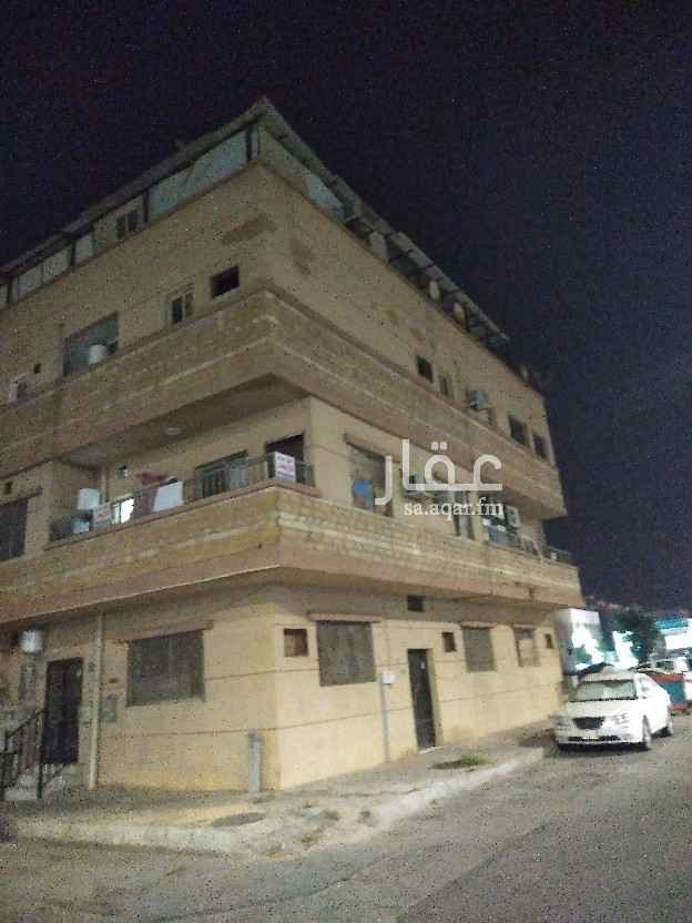 عمارة للبيع في شارع الدرعية ، حي الثقبة ، الخبر ، الخبر