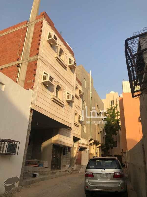 عمارة للبيع في شارع محمد بن مشاري ، حي الروابي ، جدة
