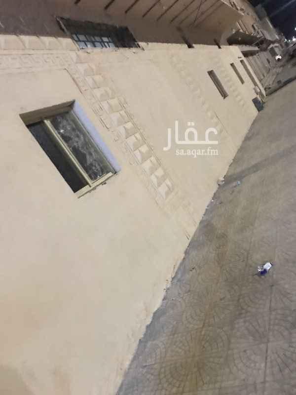 مستودع للإيجار في شارع عمير بن سعد الأنصاري ، حي المطار ، المدينة المنورة ، المدينة المنورة