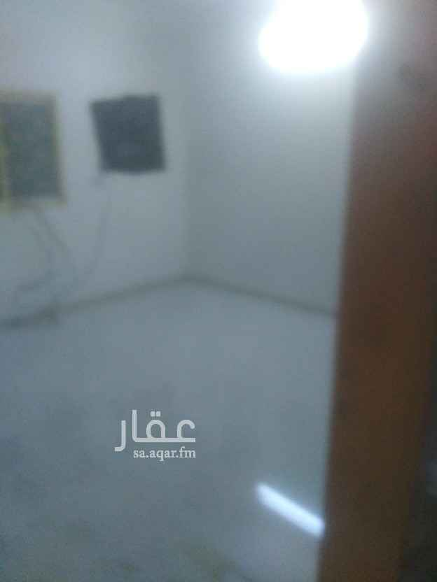 شقة للإيجار في شارع محمد العقيل ، حي النهضة ، الرياض