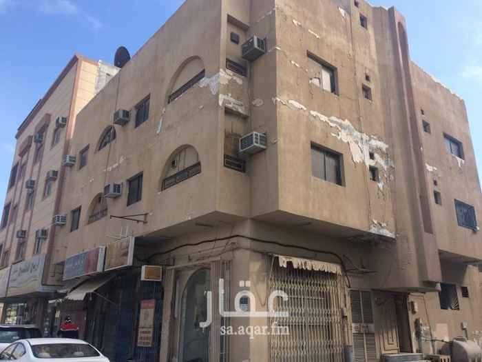 شقة للإيجار في شارع الثالث ، حي الثقبة ، الخبر