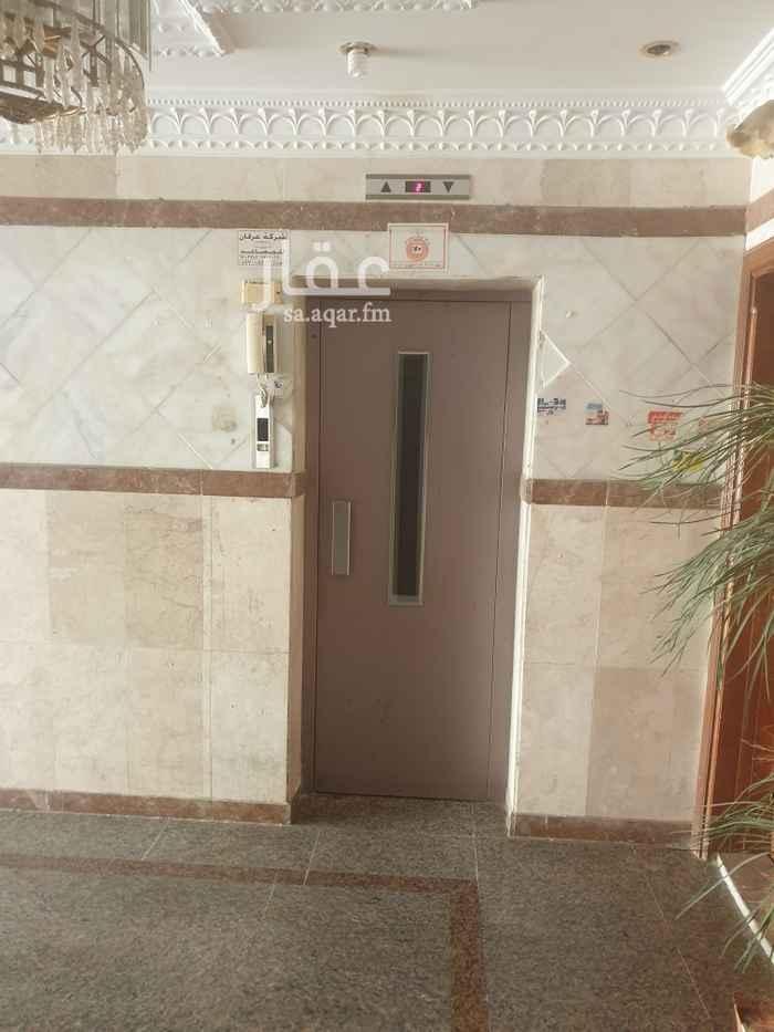 شقة للبيع في شارع اسعد بن زيد ، حي الصفا ، جدة