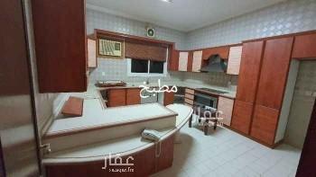 فيلا للإيجار في شارع الإمام البخاري ، حي البساتين ، جدة ، جدة