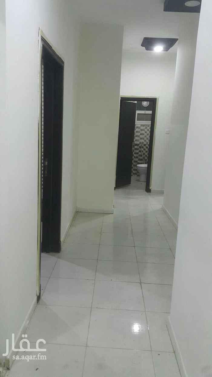 شقة للإيجار في شارع العيينة ، حي ظهرة لبن ، الرياض