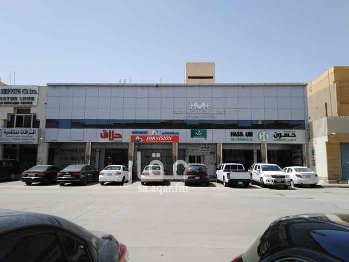 عمارة للإيجار في شارع الشيخ سلمان بن حمد ال خليفة ، حي الملز ، الرياض