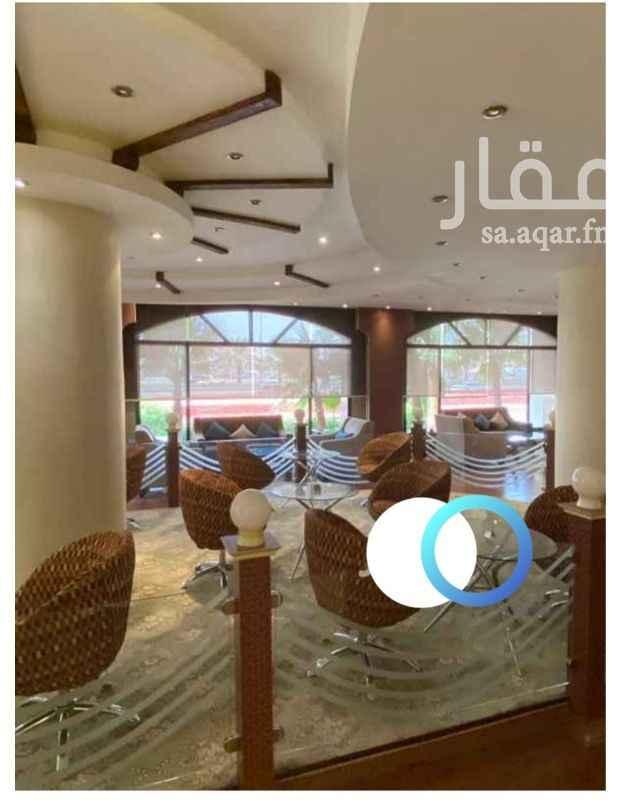 مكتب تجاري للإيجار في الطريق الدائري الشمالي الفرعي ، حي المروج ، الرياض ، الرياض