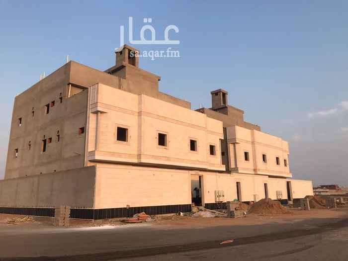 عمارة للبيع في حي الرياض ، جدة