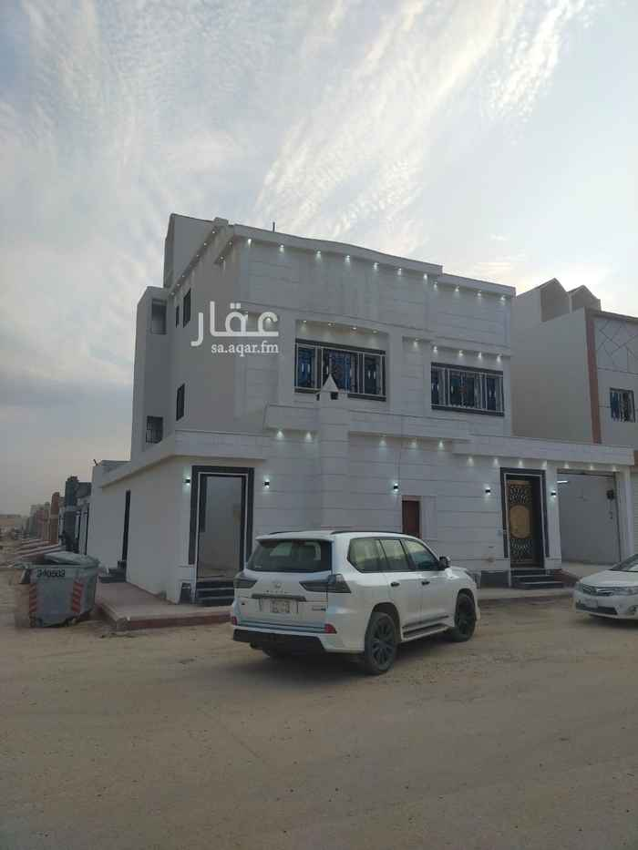 فيلا للبيع في شارع المنتزهات ، حي طويق ، الرياض