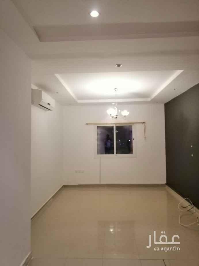 شقة للإيجار في شارع محمد بن عبدالعزيز الدغيثر ، حي الملقا ، الرياض