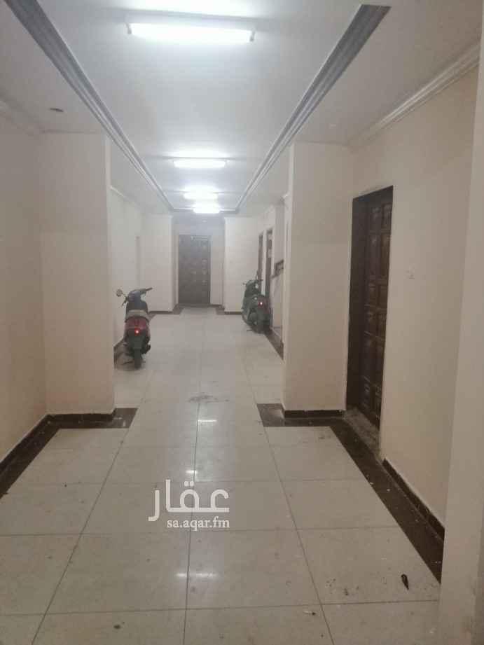 شقة للإيجار في طريق الامام سعود بن فيصل ، حي العقيق ، الرياض