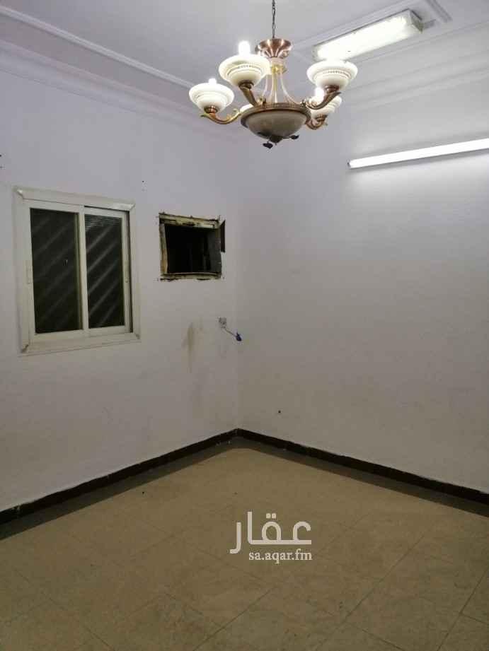 شقة للإيجار في طريق الإمام عبدالله بن سعود بن عبدالعزيز الفرعي ، حي اليرموك ، الرياض ، الرياض