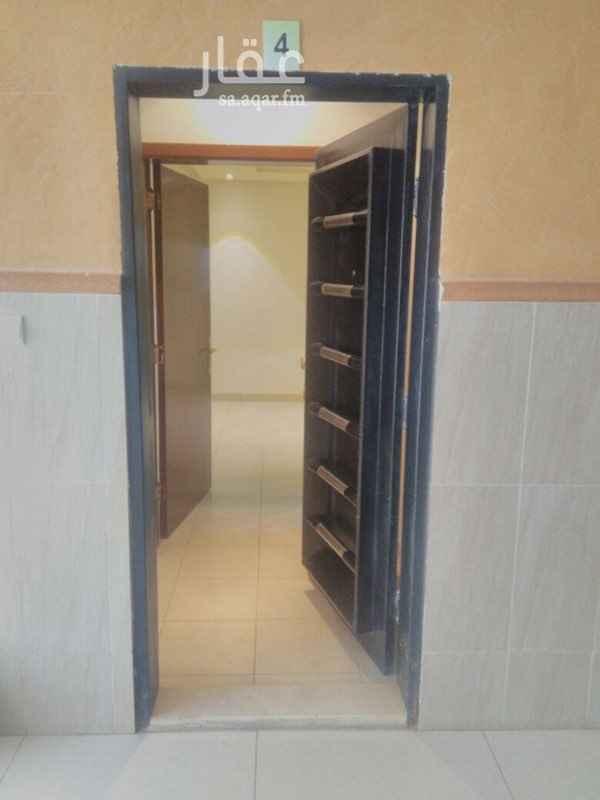 شقة للإيجار في شارع ابي معاذ الانصاري, الربيع, الرياض