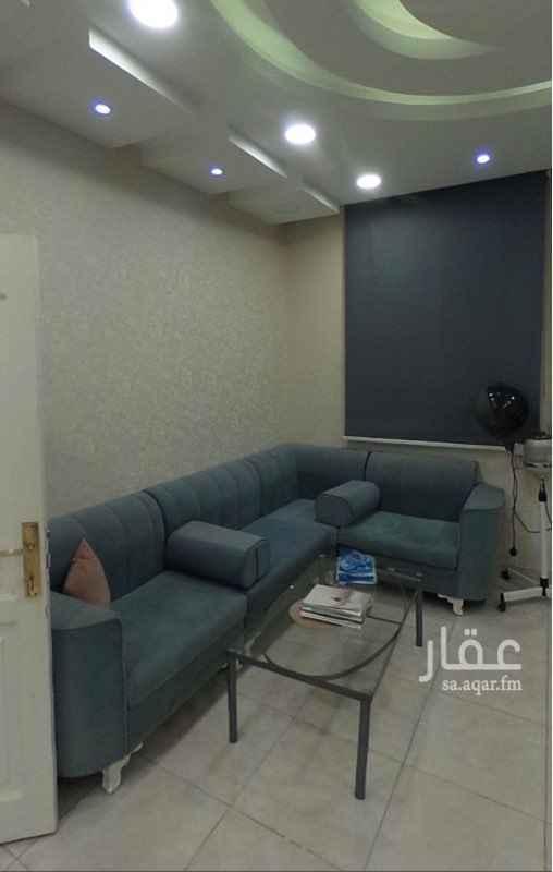 محل للبيع في شارع أحمد بن تيميه ، حي المرجان ، جدة ، جدة