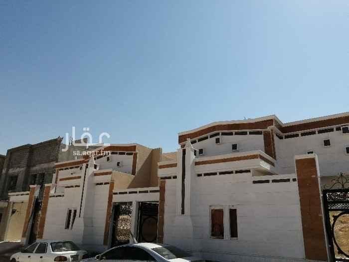 بيت للبيع في شارع الحارث بن عمرو ، حي السويدي ، الرياض