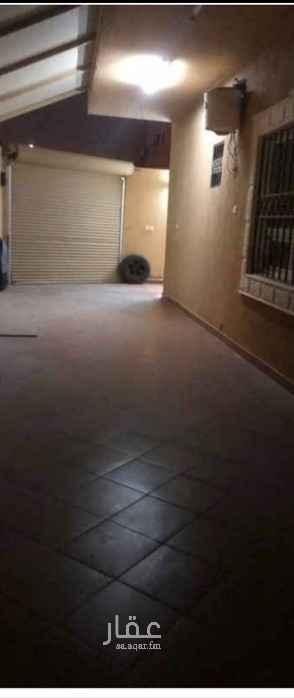 فيلا للبيع في شارع المنذر البلوطي ، حي ظهرة البديعة ، الرياض ، الرياض