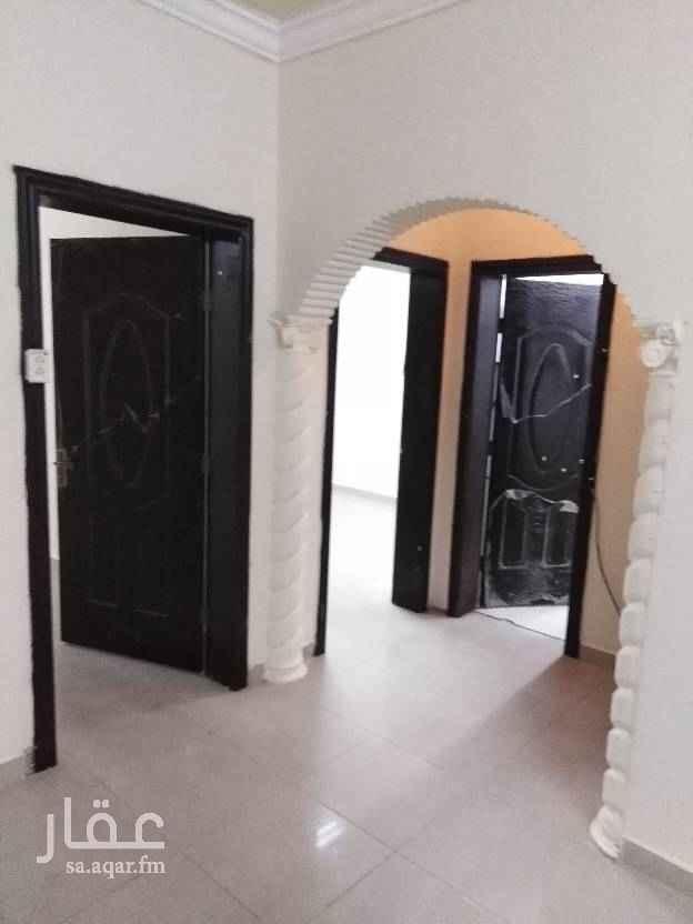 شقة للإيجار في شارع ينبع ، حي الثقبة ، الخبر