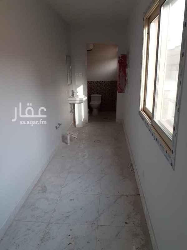 مكتب تجاري للإيجار في طريق الامير عبدالمحسن بن عبدالعزيز ، حي الملز ، الرياض ، الرياض