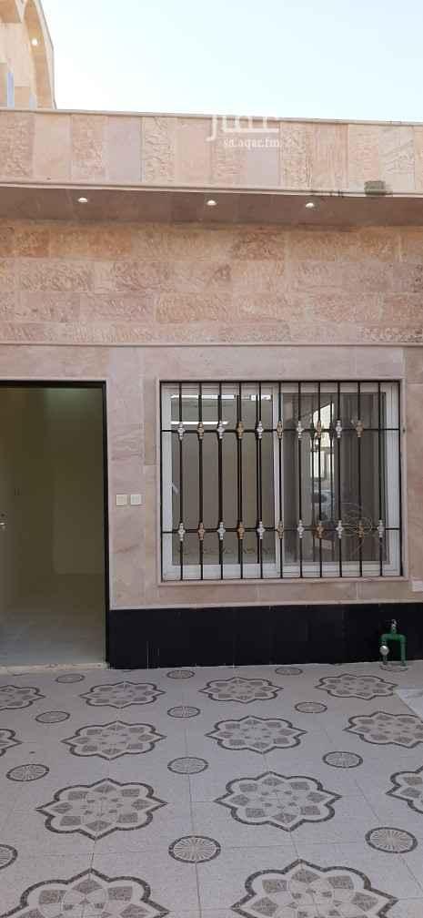 بيت للبيع في شارع الاخلاص ، حي طويق ، الرياض ، الرياض