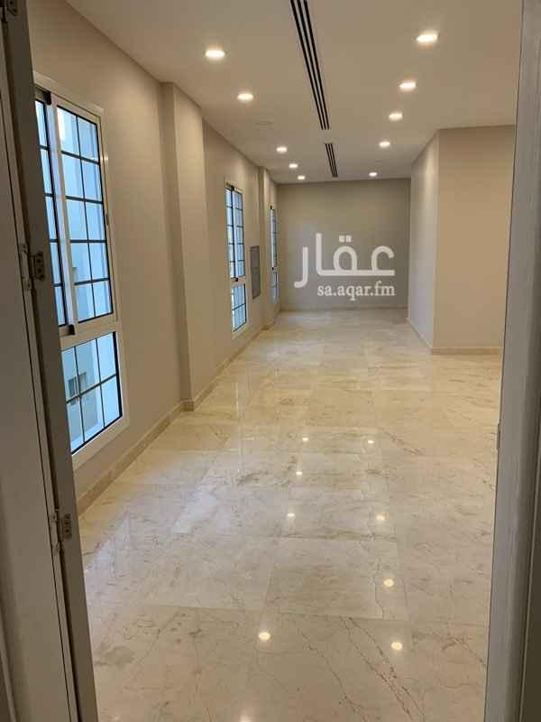 عمارة للإيجار في شارع رقم 380 ، الرياض