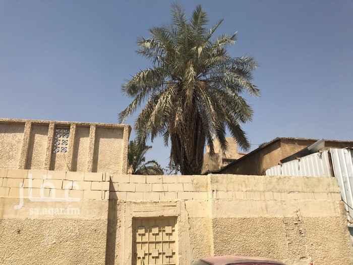 بيت للبيع في شارع عبدالوهاب بن نصر ، حي الفوطة ، الرياض
