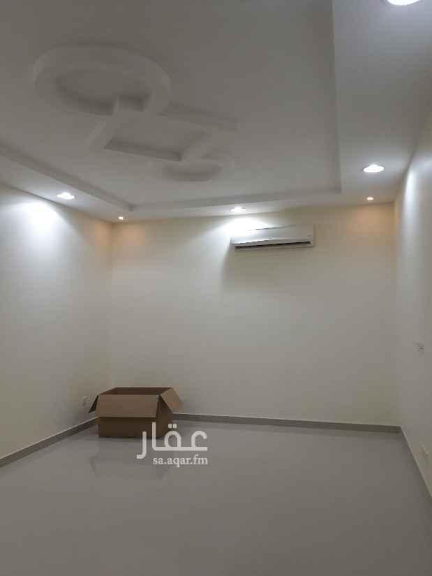 فيلا للإيجار في شارع نبرة ، حي المروج ، الرياض ، الرياض