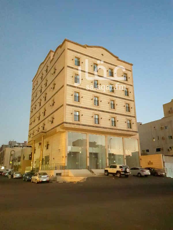عمارة للإيجار في شارع نهضة الشرق ، حي السلامة ، جدة