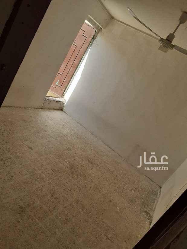 شقة للإيجار في شارع سعيد بن نافع ، حي اليمامة ، الرياض ، الرياض