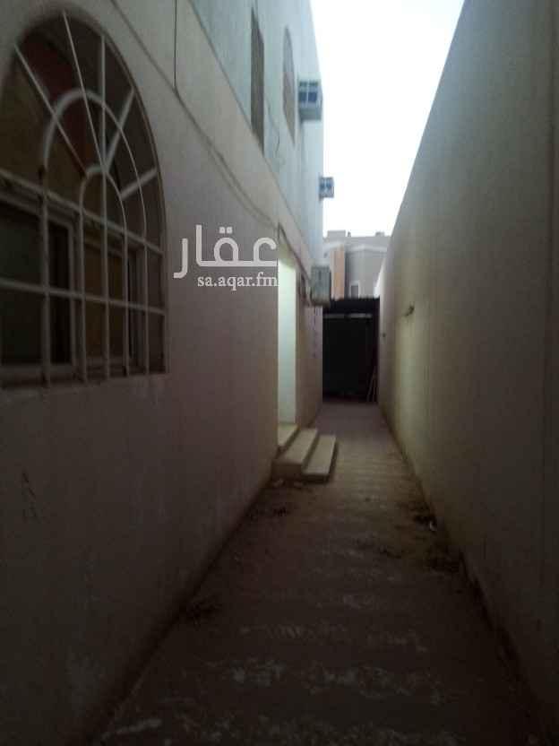 فيلا للبيع في شارع حاطب بن الحارث ، حي المرسلات ، الرياض ، الرياض