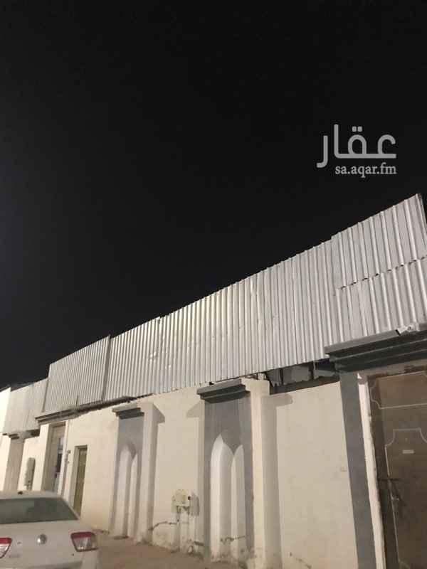 بيت للإيجار في شارع خالد بن عقبة القرشي ، حي الملك فهد ، المدينة المنورة ، المدينة المنورة