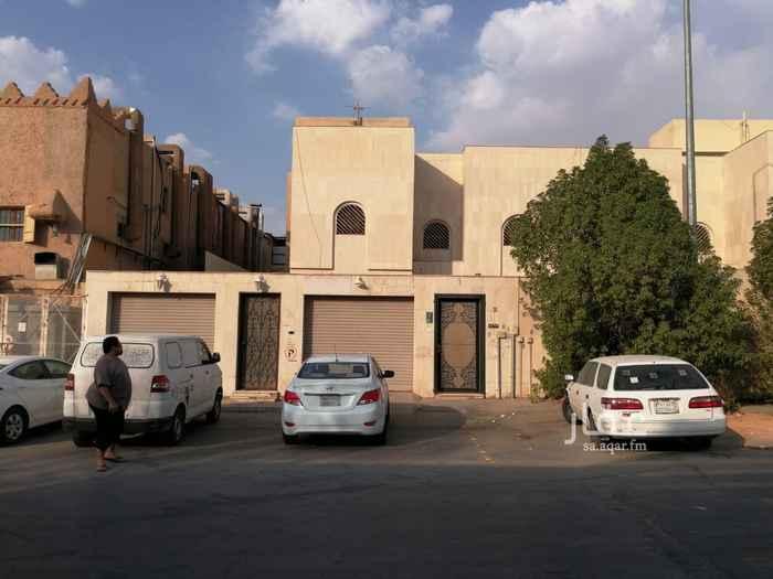 فيلا للبيع في شارع الجزر ، حي الملك فيصل ، الرياض