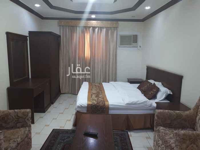 شقة للإيجار في شارع محمد القرشي ، حي الحمراء ، الرياض