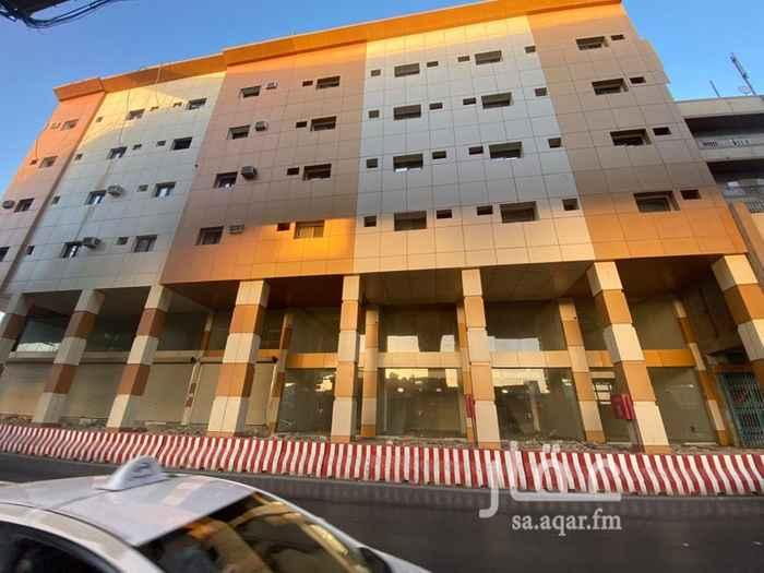 عمارة للإيجار في شارع عدي بن اوس ، حي العود ، الرياض ، الرياض