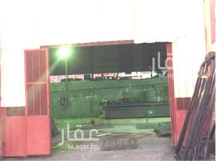 محل للإيجار في شارع مخطط بن عتيق ، أبها