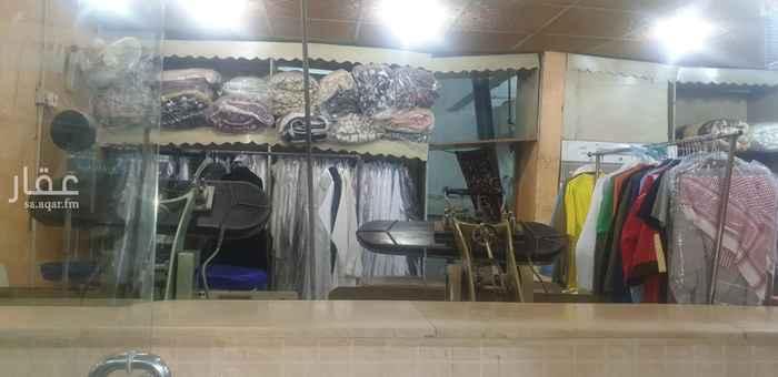 محل للبيع في شارع اكثم بن صيفي ، حي النسيم الغربي ، الرياض