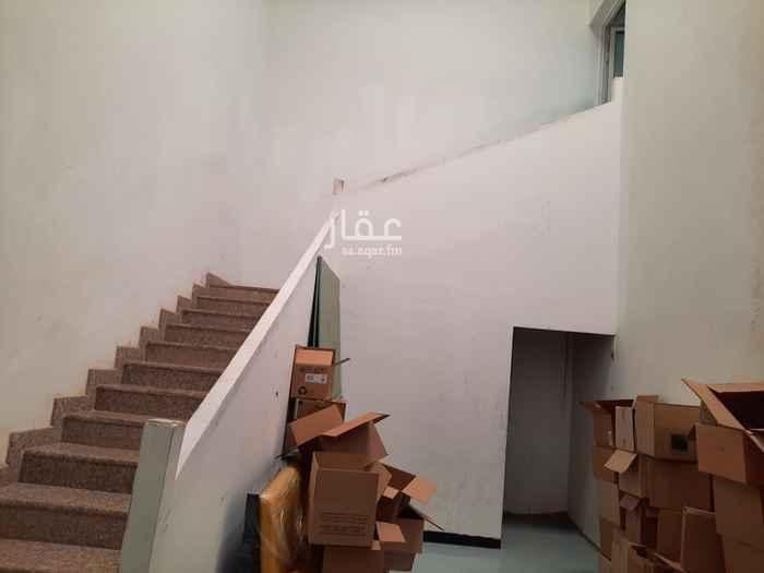 مستودع للإيجار في شارع ابو بكر الاجري ، حي النهضة ، الدمام ، الدمام