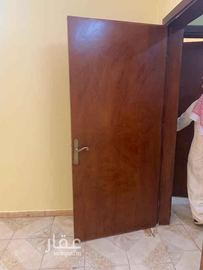 شقة للإيجار في شارع ابي عبدالله الركن ، حي العريجاء الوسطى ، الرياض