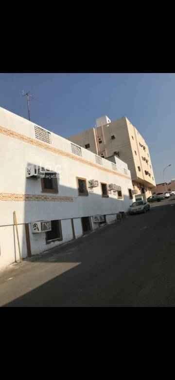 عمارة للبيع في حي النزهة ، مكة
