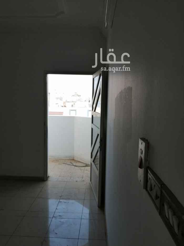 شقة للإيجار في شارع الحيدري ، حي الربوة ، جدة