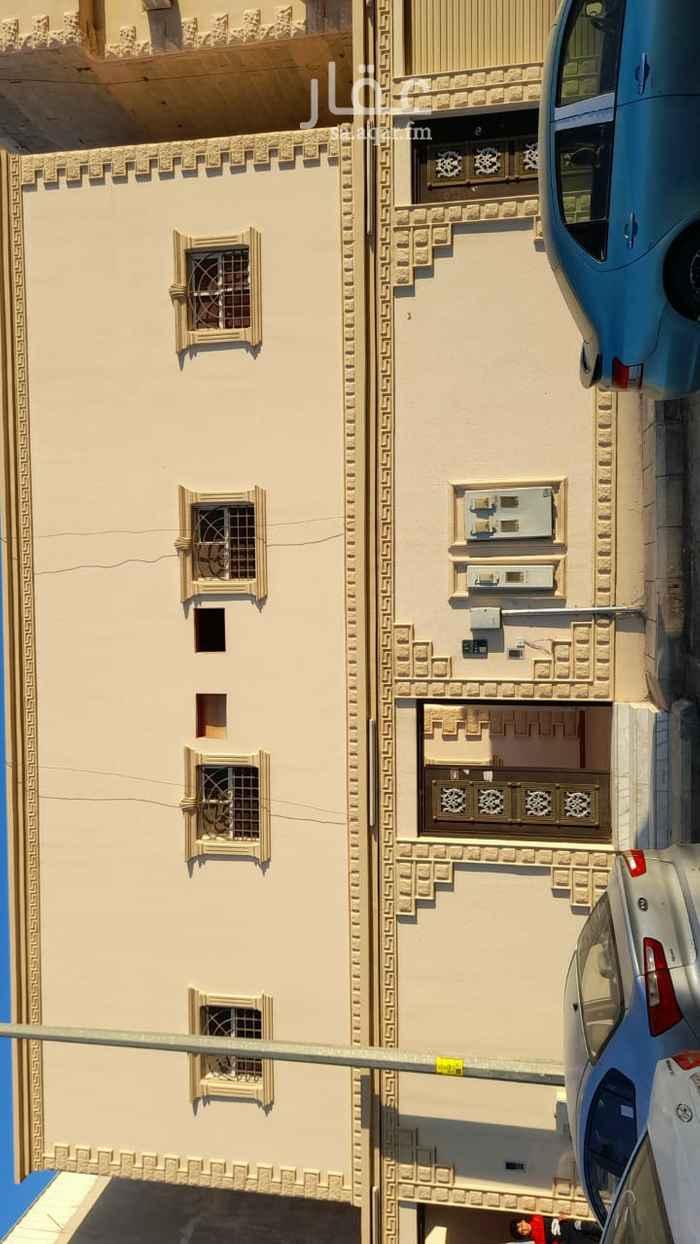 بيت للبيع في شارع حبيب الحنظلي ، حي العريجاء الوسطى ، الرياض ، الرياض
