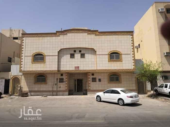 عمارة للبيع في شارع خلاد بن رافع ، حي العزيزية ، الرياض ، الرياض